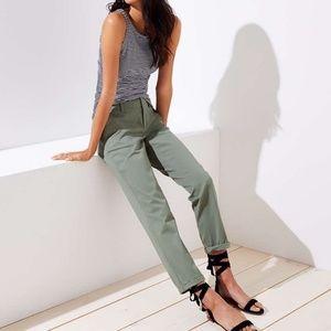[LOFT] Khaki Green Marisa Chino Crop Pant